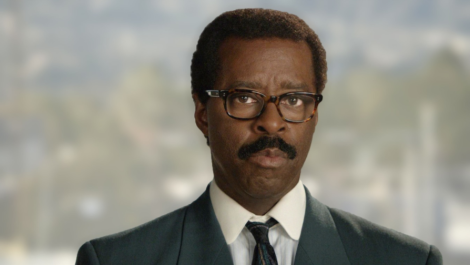 Courtney Vance como Johnnie Cochran